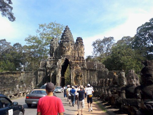 03バイヨン寺院の南大門